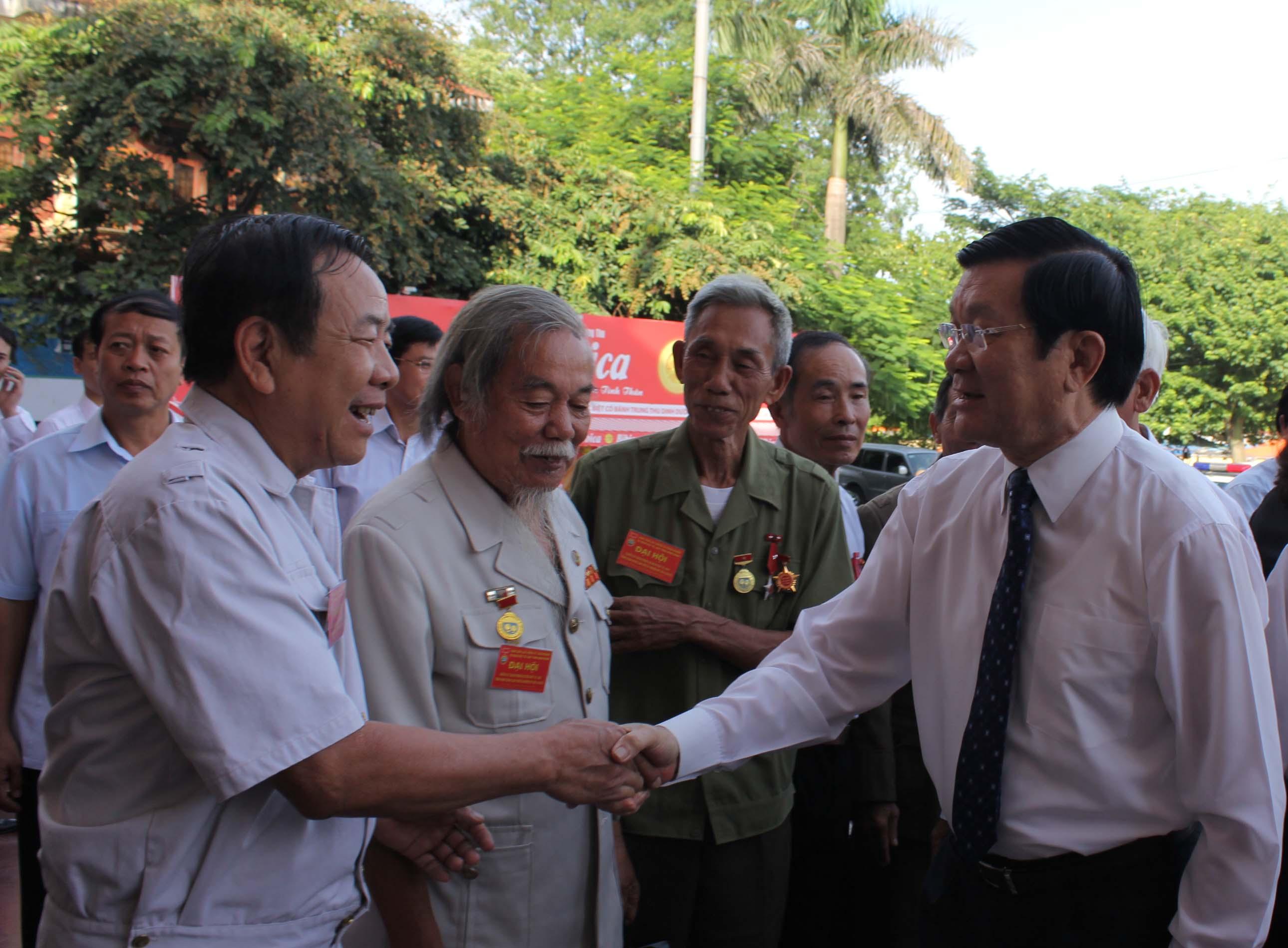 Thời sự trưa ngày 12/8/2014: Chủ tịch nước Trương Tấn Sang dự Đại hội chiến sỹ cách mạng bị địch bắt tù đày tỉnh Ninh Bình
