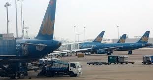 Kinh tế ngày 26/8/2014: Phỏng vấn ông Lại Xuân Thanh, Cục trưởng Cục Hàng không Việt Nam về giải pháp nâng cao sức cạnh tranh của các hãng hàng không tại Việt Nam
