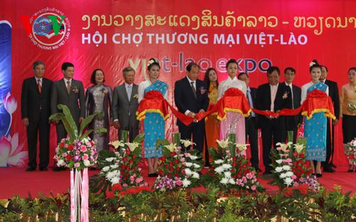 Bạn bè với Việt Nam ngày 07/7/2014: Khai mạc Hội chợ thương mại Việt Nam - Lào 2014