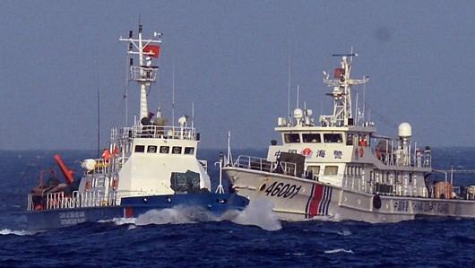 Thời sự chiều ngày 26/6/2014: Việt Nam mạnh mẽ lên án hành động hiếu chiến của Trung Quốc tại biển Đông. Yêu cầu Trung Quốc chấm dứt ngay các hoạt động cản trở tàu công vụ của Việt Nam.