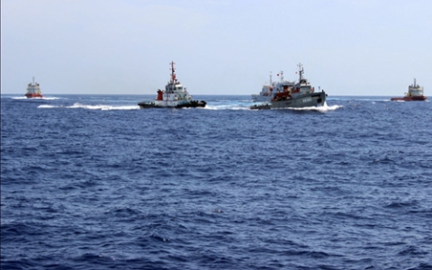 Biển đảo Việt Nam ngày 25/6/2014: Đâm vỡ tàu Kiểm ngư Việt Nam - Trung Quốc ngày càng ngang ngược
