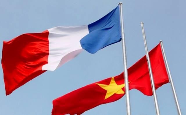 Bạn bè với Việt Nam ngày 04/8/2014: Tăng cường quan hệ đối tác chiến lược song phương Việt Nam - Pháp