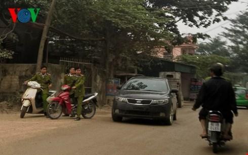 Phạm nhân trốn trại giam ở Thanh hóa đã bị bắt vào tối qua khi đang lẩn trốn tại Hà Nội. (Thời sự sáng 12/12/2015)