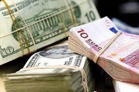 Nhằm ngăn chặn tình trạng găm giữ ngoại tệ, từ ngày mai Ngân hàng Nhà nước sẽ siết chặt quản lý giao dịch bằng ngoại tệ