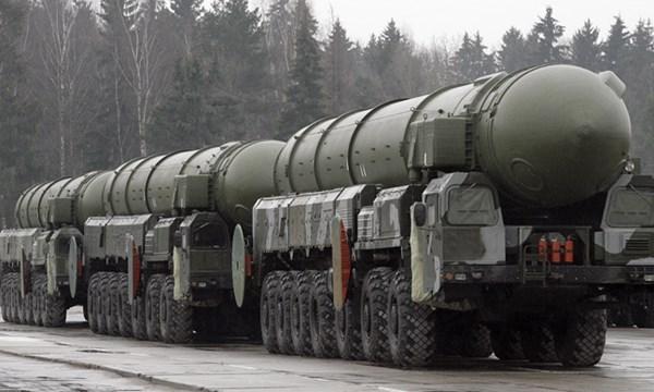 Nga đã phóng thử thành công tên lửa đạn đạo liên lục địa RS-12M Topol (Thời sự sáng 18/11/2015)