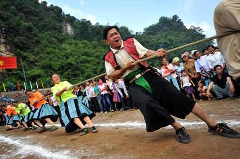 Nghi lễ và trò chơi Kéo co của Việt Nam, Campuchia, Philippines và Hàn Quốc được công nhận là di sản văn hóa phi vật thể đa quốc gia đại diện nhân loại.(Thời sự sáng 03/12/2015)