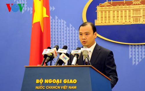 Thời sự chiều ngày 28/5/2015: Việt Nam yêu cầu Trung Quốc chấm dứt ngay việc xây dựng tại hai quần đảo Hoàng Sa và Trường Sa của Việt Nam.