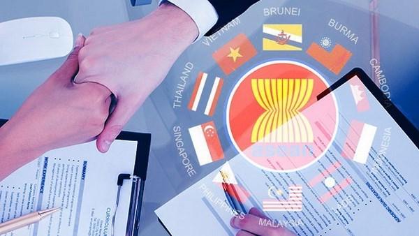 Việt Nam phấn đấu thực hiện lộ trình kết nối cơ chế một cửa ASEAN (Kinh tế ngày 15/6/2015)