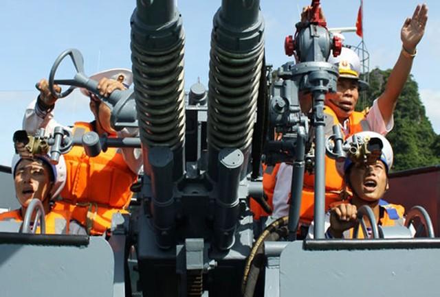 Lữ đoàn 170 quyết tâm bảo vệ chủ quyền biển đảo Tổ Quốc (Biển đảo Việt Nam ngày 19/7/2015)