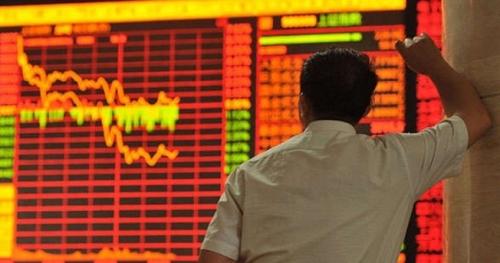Chỉ một phiên giao dịch, cả thế giới mất hơn 5 nghìn tỷ đô la Mỹ - Thị trường chứng khoán Việt Nam cũng chung xu hướng giảm giá mạnh.