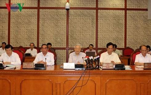 Bộ Chính trị làm việc với Ban Thường vụ Thành ủy Thành phố Hồ Chí Minh để cho ý kiến vào dự thảo văn kiện và công tác chuẩn bị nhân sự Đại hội Đảng bộ thành phố lần thứ X, nhiệm kỳ 2015-2020.