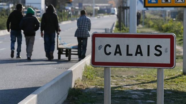 Giải tán trại tị nạn ở Calais: Phản ánh chính sách nhập cư của Pháp (27/10/2016)