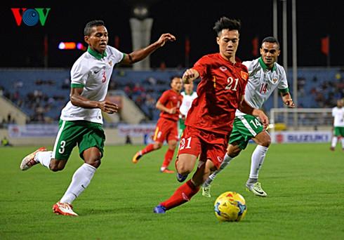 AFF Cup 2016: Đội tuyển Việt Nam đang có những bước đi đầu rất tuyệt vời (2/12/2016)