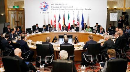 Hội nghị Thượng đỉnh G7 bế mạc chiều nay với tuyên bố chung khẳng định tăng cường hợp tác để đối phó với sự tăng trưởng không bền vững của kinh tế toàn cầu; đảm bảo an ninh hàng hải, đặc biệt ở biển Đông và biển Hoa Đông. (Thời sự chiều 27/5/2016)