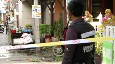 Tại Thái Lan đã xảy ra 8 vụ đánh bom liên tiếp trong 2 ngày qua khiến hàng chục người thương vong. (Thời sự trưa 12/8/2016)