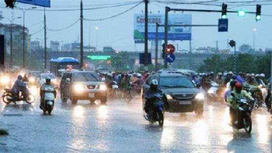 Dự báo ngày và đêm nay, các tỉnh Bắc Bộ và Thanh Hóa, Nghệ An tiếp tục có mưa lớn trên diện rộng (Thời sự sáng 20/8/2016)