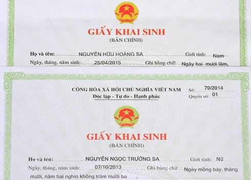 Bắt đầu từ ngày mai, thành phố Đà Nẵng thực hiện cải cách thủ tục hành chính công, trao giấy khai sinh, sổ hộ khẩu… đến tận nhà dân (31/8/2016)