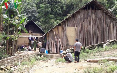 Đã bắt được nghi can vụ thảm sát 4 người trong một gia đình tối 9/8 vừa qua tại thôn Phìn Ngan, xã Trịnh Tường, huyện Bát Xát, tỉnh Lào Cai (Thời sự sáng 5/9/2016)