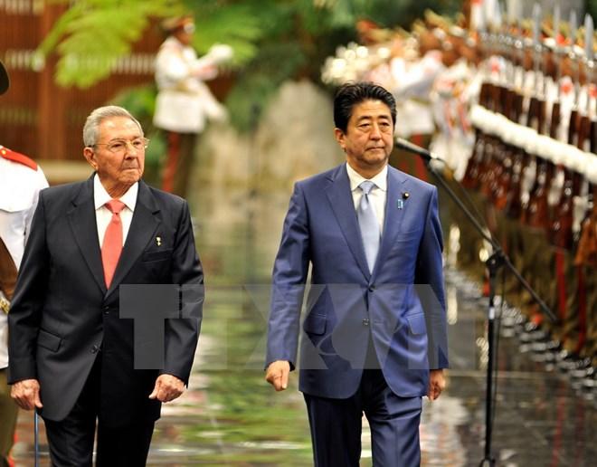 Thủ tướng Nhật Bản Shinzo Abe lần đầu tiên tới thăm Cuba (23/9/2016)