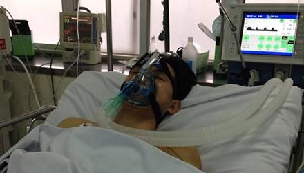 Bệnh viện Chợ Rẫy Thành Phố Hồ Chí Minh cứu sống nam thanh niên 20 tuổi bị bệnh hiếm gặp, lần đầu tiên phát hiện ở nước ta. (Thời sự chiều 01/3/2016)