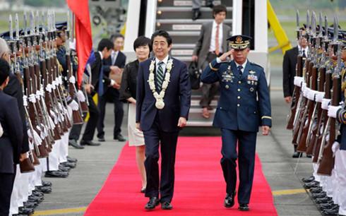 Chuyến thăm châu Á nhiều mục đích của Thủ tướng Nhật Bản (12/1/2017)