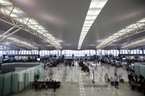 Chính thức thí điểm giám sát tự động hàng hóa qua sân bay Nội Bài (Thời sự sáng 16/10/2017)