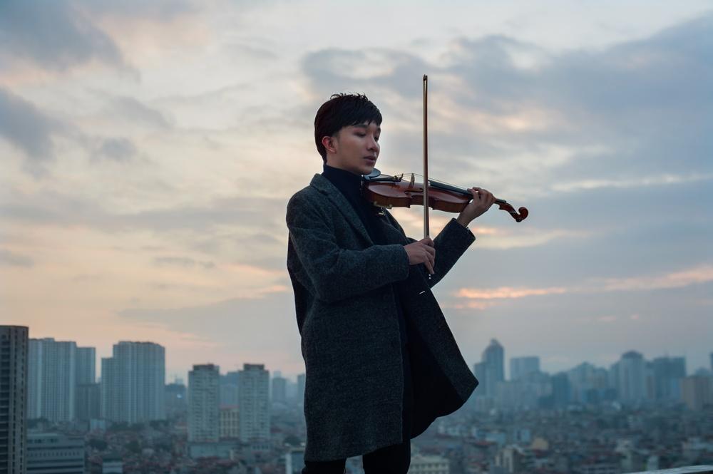 Trò chuyện với nghệ sĩ violin 9x Hoàng Rob  (30/12/2017)