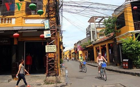 Vì sao có tới 80% du khách quốc tế không trở lại Việt Nam (28/12/2017)