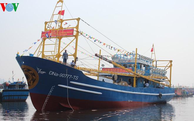 Hoàn thiện Nghị định 67 giúp ngư dân vươn khơi bám biển (3/8/2017)