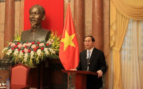 Chủ tịch nước Trần Đại Quang trả lời phỏng vấn báo chí về mối quan hệ hợp tác tốt đẹp giữa Việt Nam và Liên hợp quốc (Thời sự chiều 19/9/2017)