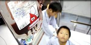 Dự trữ nhóm máu O đang cạn dần, Viện Huyết học truyền máu Trung ương kêu gọi người dân hiến máu cứu người (Thời sự đêm 06/01/2018)