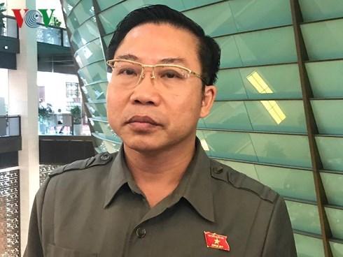 Bị cáo Đinh La Thăng nhận mức án 13 năm tù và Trịnh Xuân Thanh mức án tù chung thân trong vụ tham ô, cố ý làm trái các quy định quản lý của Nhà nước: Hậu quả của vụ án được đánh giá một cách toàn diện và khách quan (22/1/2018)