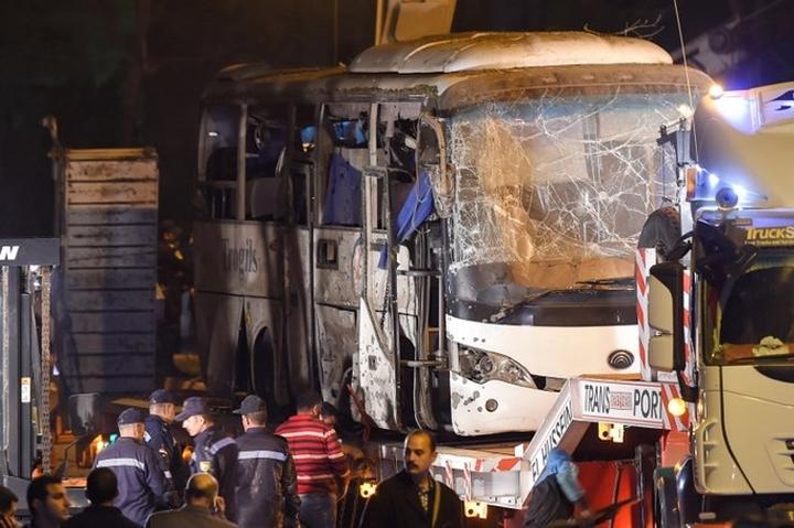 Xe chở du khách Việt bị đánh bom ở Ai Cập, 3 người Việt Nam, 2 người Ai Cập thiệt mạng và 13 người khác bị thương (Thời sự trưa 29/12/2018)