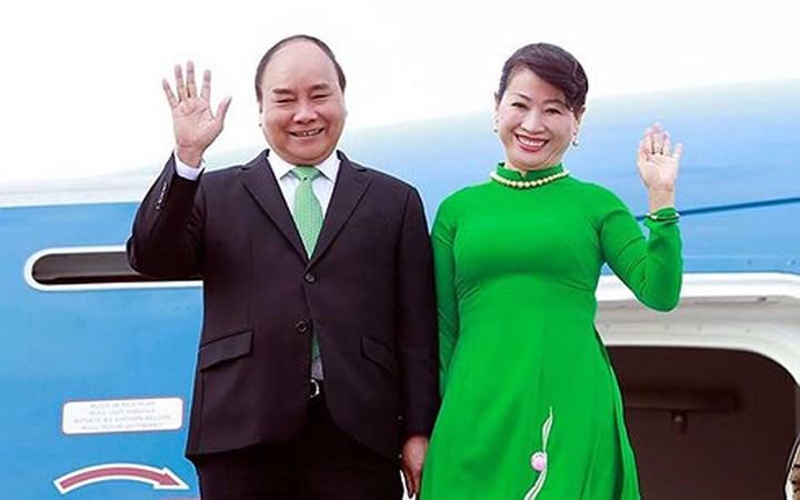 Thủ tướng Nguyễn Xuân Phúc cùng Phu nhân và Đoàn cấp cao Việt Nam lên đường thăm chính thức Australia và tham dự Hội nghị Cấp cao Đặc biệt ASEAN-Australia (Thời sự trưa 14/3/2018)