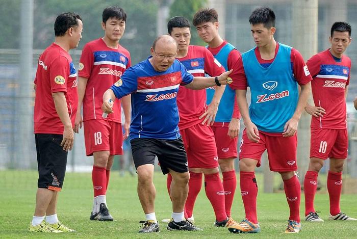 Huấn luận viên Park Hang-seo cùng đội tuyển Việt Nam bước vào trận cuối vòng loại Asian Cup 2019 (25/3/2018)
