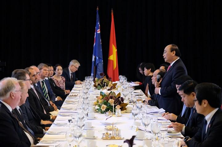 Thủ tướng Chính phủ Nguyễn Xuân Phúc tiếp tục tham dự các hoạt động chính trong khuôn khổ Hội nghị Cấp cao Đặc biệt ASEAN - Australia tại Sydney (Thời sự trưa 18/3/2018)