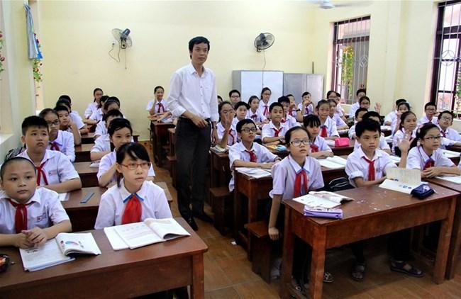 Thành phố Hồ Chí Minh sẽ miễn học phí cho học sinh bậc trung học cơ sở từ năm học tới nếu cân đối được ngân sách (23/8/2018)