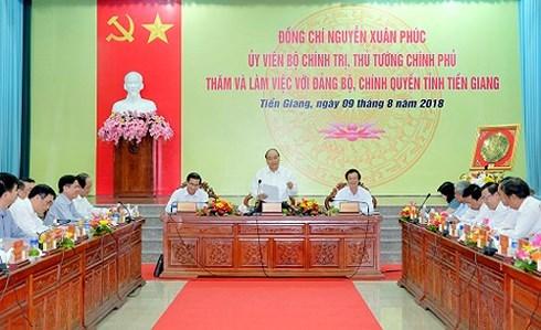 Thủ tướng Nguyễn Xuân Phúc yêu cầu Tiền Giang phát triển kinh tế trên 5 trụ cột chính (Thời sự chiều 9/8/2018)