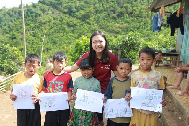 Trải nghiệm cảnh quan thiên nhiên đất nước và làm tình nguyện dạy học cho các trẻ em vùng cao (27/10/2019)
