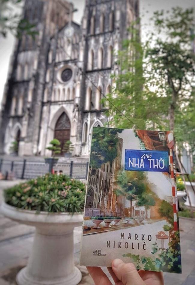"""""""Phố nhà thờ"""" - cuốn tiểu thuyết Việt của một chàng Tây yêu mến thủ đô Hà Nội, yêu mến Việt Nam (19/10/2019)"""