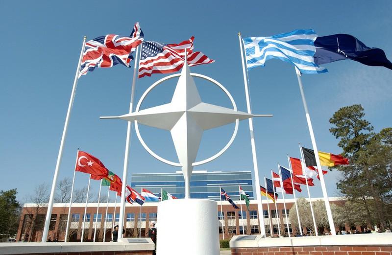 Khối quân sự NATO và câu hỏi về sự tồn tại (10/11/2019)