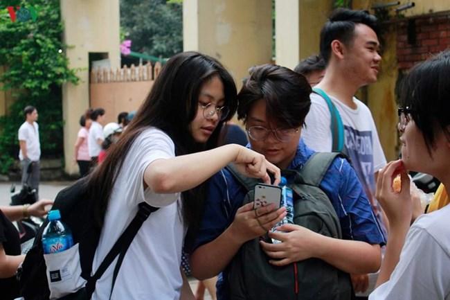 Cuộc thi Khoa học kỹ thuật cấp quốc gia: Thu hẹp dự án vào vòng chung kết: Học sinh và phụ huynh hoang mang (13/11/2019)