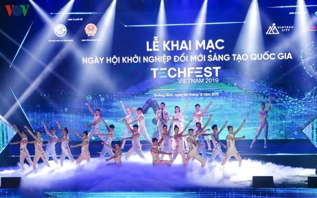 Techfest Vietnam 2019 - Nguồn lực hội tụ (7/12/2019)