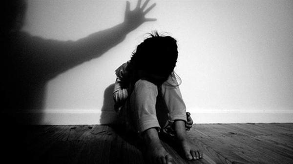 Cục Trẻ em (Bộ Lao động-Thương binh và Xã hội) phản ứng trước việc nhiều cơ quan truyền thông đang vi phạm Luật, khi đưa tin quá chi tiết những hình ảnh, những thông tin bí mật đời tư của các nạn nhân là trẻ em (Thời sự chiều 6/4/2019)