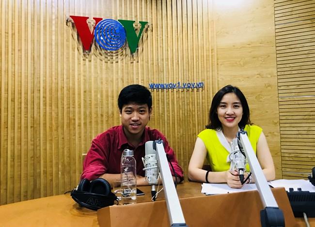Trò chuyện với Trần Nhật Quang, Thư ký đối ngoại của Hanoi Pride Working Group là nhóm gồm các tổ chức, hội nhóm làm về cộng đồng người đồng tính, song tính, chuyển giới tại Hà Nội (22/9/2019)