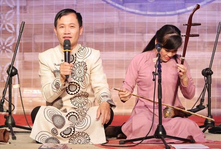 Nghệ sĩ Nguyễn Quang Long và hành trình đưa hát Xẩm vào đời sống (1/1/2020)