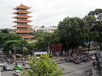 Việt Nam Quốc Tự - ngôi chùa Việt lớn nhất Thành phố Hồ Chí Minh (11/1/2020)