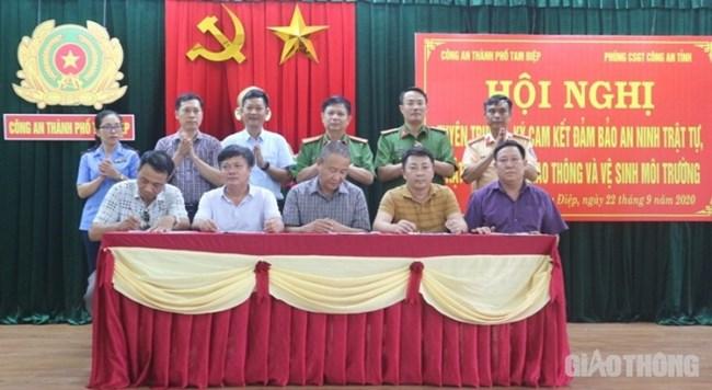 Xe quá tải hoành hành ở Ninh Bình: Làm sao để ngăn chặn? (26/10/2020)