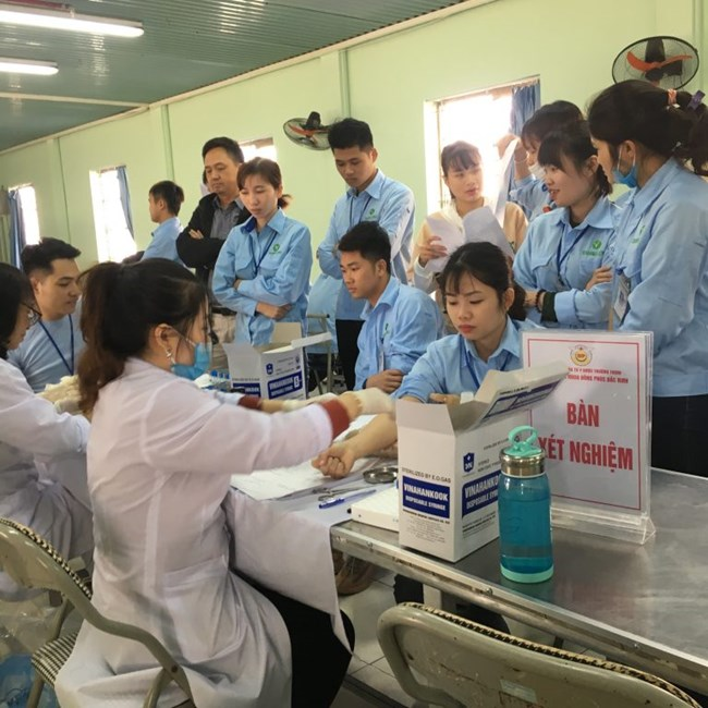 Phát hiện sớm bệnh nghề nghiệp cho người lao động chưa được coi trọng (Ngày 27/10/2020)