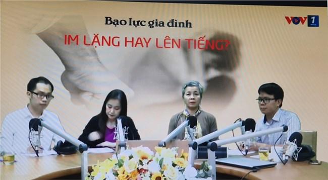 Bạo lực đối với phụ nữ và trẻ em trong gia đình trong đại dịch COVID19 – im lặng hay lên tiếng? (10/11/2020)